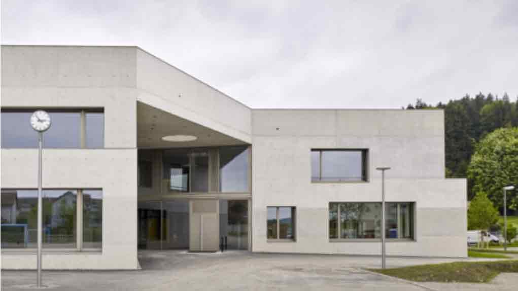Schulen in zwei Welten: Zinzikon und Neuhegi (Oberwinterthur)